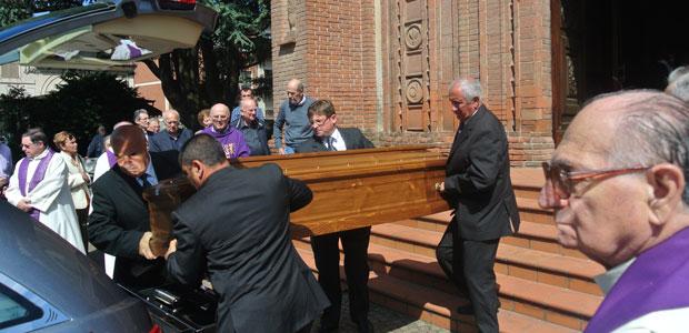 funerale-arisi-ev