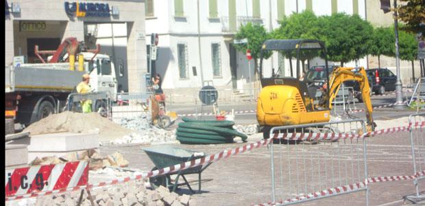 viadana-lavori-piazza-ev