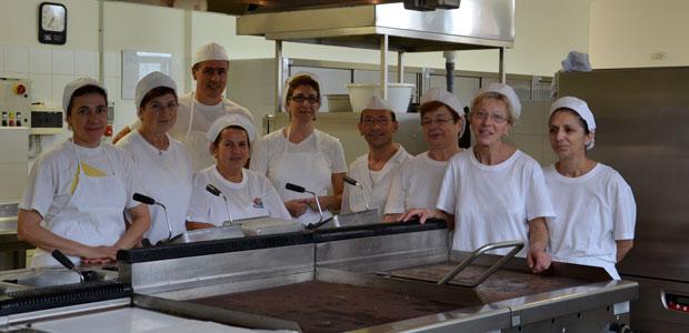 brigata-cucina-mensa-ev
