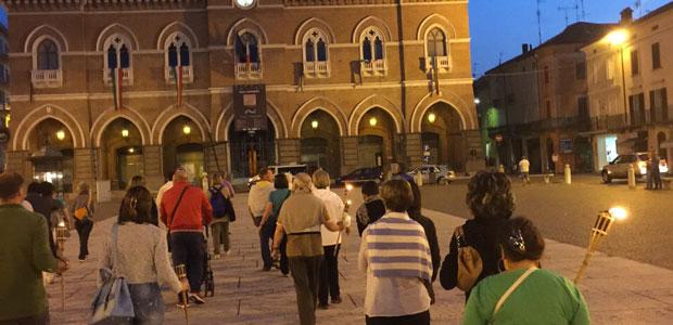 processione-fontana-piazza_ev