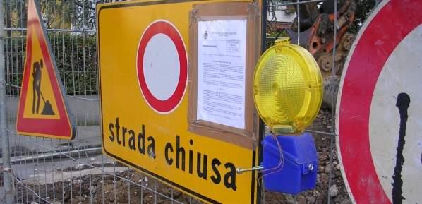 segnaletica_strada_chiusa-ev