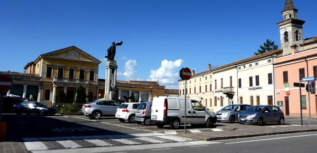 piazza-bozzolo_ev