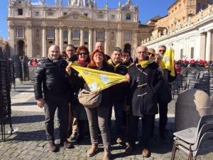 I gussolesi in piazza San Pietro