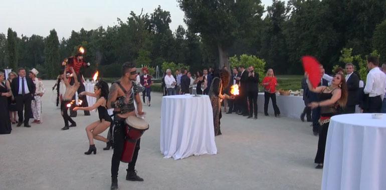 Nella foto una delle esibizioni del Circo Nero
