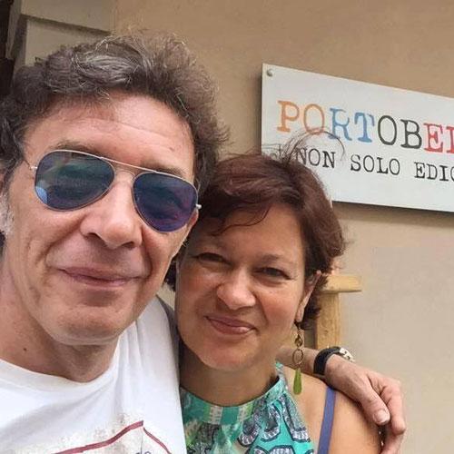 Nella foto i coniugi Romano-Carinelli dell'edicola Portobello