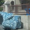divano-discarica_ev