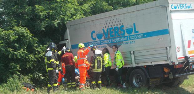 incidente-camion-sabbioneta-mp