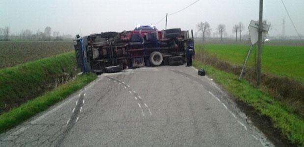 incidente-viadana-camion-ev