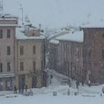 piazza-neve3-ev