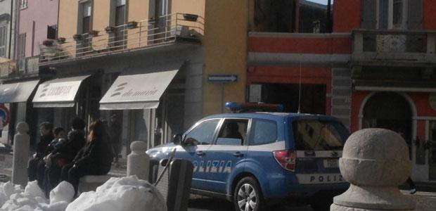 polizia-piazza_ev