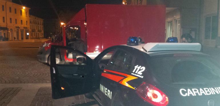 furgone rosso - evid