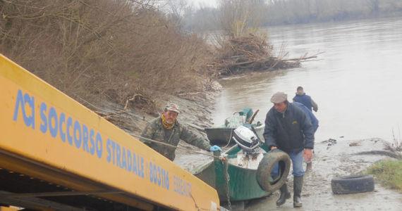 attracco-recupero-barca_ev
