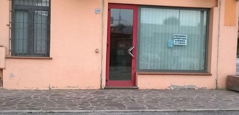 negozio-kandhari_ev