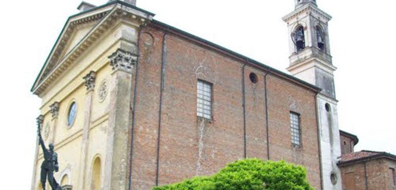 Nella foto la chiesa di Sant'Albino